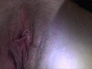 Close up and dirtytalk-behaarte Fotze